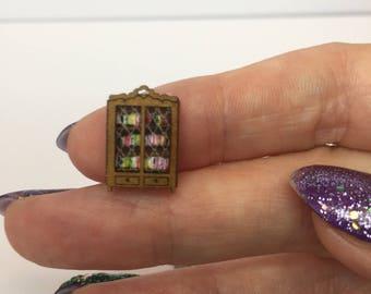 Miniature micro 1:144th scale n guage bookcase full of books
