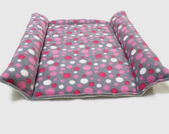 Cat bed Rabbit bed from fleece Pet accessories