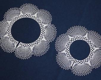 White lace hand crochet collar, neck accessory, handmade crochet collar