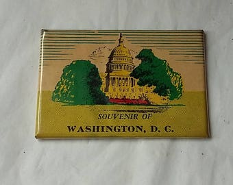Vintage 1930's Souvenir Pocket or Purse Mirror. Washington D.C.,White House