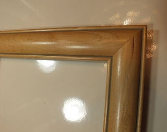 5 x 7  Birds Eye Maple Rare Small Picture Frame 048