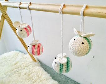 Crochet Bee Baby Activity Centre, Bee Hanging Toy, Crochet Bee Baby Gym centre Toy, Crochet Bee Birthday Gift for Baby