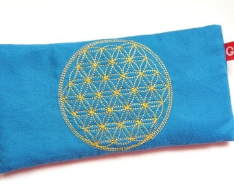 Eye pillows, relaxation, meditation, wellness, flower of life, lavender, flax seed, wellbeing, blue, gold, embroidery,