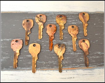 Antique Vintage Keys (10) Old Keys - Vintage Hardware Locksmith Keys - Lot 20