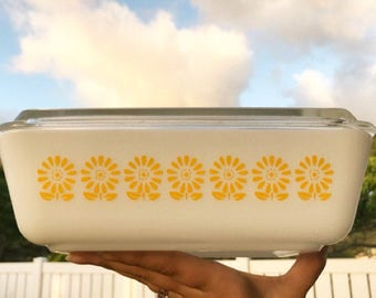 Pyrex Inspired Yellow Flower Daisy Decal