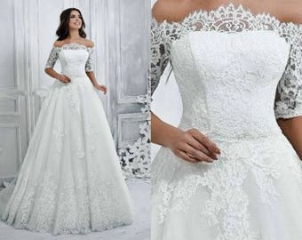 Princess Style French Lace Wedding Gown with Train