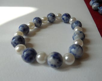Bracelet sodalite and Pearl fancy beads
