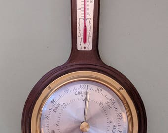 Taylor Mahogany weather station