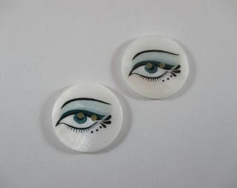 Round buttons, Pearl, with eyes, color white blue and black pattern.