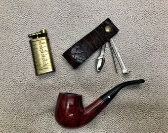 Thick Bison / Buffalo Hide - The Czech Mate (Check Mate) - Portable Pocket Size Pipe Rest and Pipe Tools in Dark Brown Finish