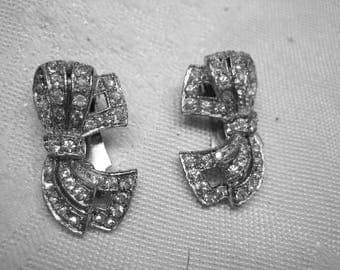 Vintage 40s Art Deco Rhinestone Clip on Earrings