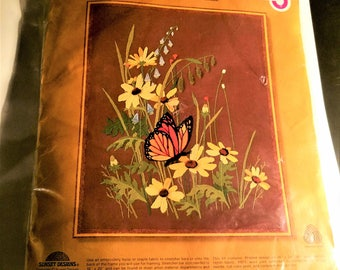 New Sunset Sitchery Crewel and embrodiery Kit 1979
