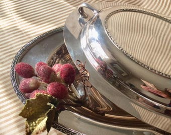 Silver Plate Serving Dish, Oneida Community Lakewood Tudor Plate, Covered Dish