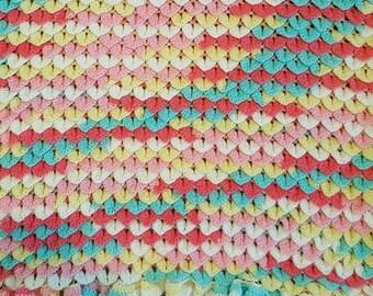 Crocodile stitch baby blanket
