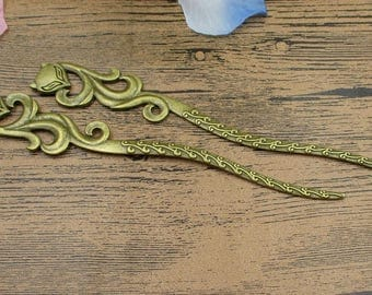 2 Antique Bronze Fox Hairpins-Bookmarks-Vintage Style-RS691