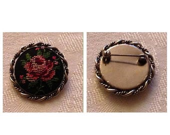 On Sale Lovely Vintage Embroidered Rose Pin