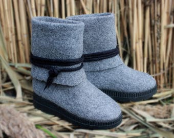 Woman Felted Boots  Boho Gray Ugg Winter Wool Shoes Women Valenki Snow Booties Minimalism Platform Shoes Warm Universal Wife Mother Day Gift