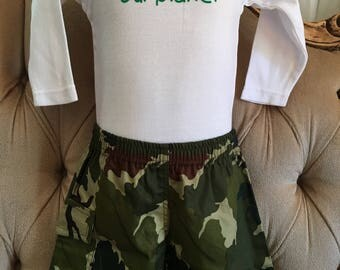 Boys Cargo Shorts with handy side pocket and elasticated waist