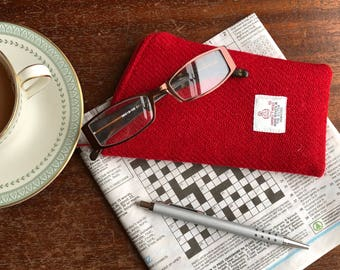 Red Glasses case - Harris Tweed glasses case - eyeglass case - spectacles case - sunglasses case - wool Anniversary gift -glasses pouch
