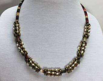Hawaiian Lei Necklace with Bronze-, Ivory-tone, and Black Beads