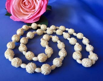 Vintage Faux Ivory Carved Celluloid Beaded Necklace, Celluloid Beaded Necklace, Rosette Bead Necklace, Vintage Long Necklace