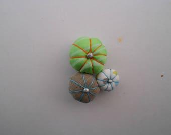 Japanese flower fabric brooch