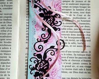 Personalized bookmarks: Baroque romantic roses