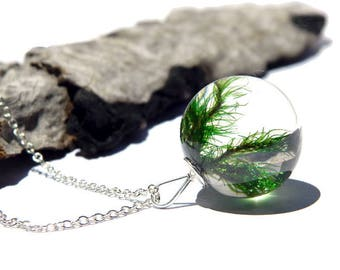 Green moss resin necklace, moss pendant, resin and moss jewellery, one of a kind, resin jewelry