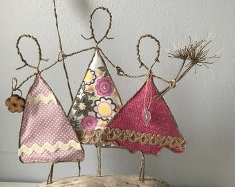 Quirky Primitive wire sculpture ladies friends family