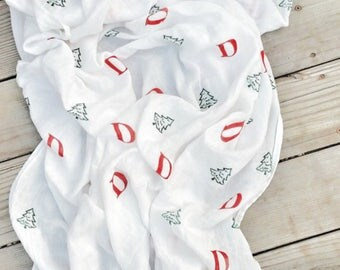 Baby Muslin Swaddle, Muslin Swaddle Blanket, Baby, Personalize Swaddle, Baby Gift Idea, Christmas, Newborn Photography Prop, Baby Shower