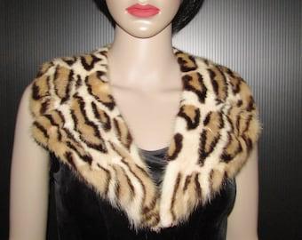 """Superbe collet cranté de véritable fourrure de vison teint léopard/  beautiful  notched real mink fur collar  dyed leopard style 37"""" X  3"""""""