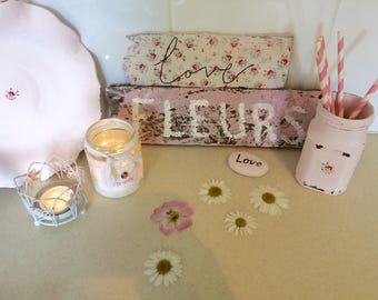 Shabby Chic  reclaimed wooden Signs Love and Fleurs / Ditsy Rose detail pink sign / plaque