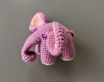 Crochet elephant. Lilac crochet elephant. amigurumi elephant. Amigurumi lilac elephant.
