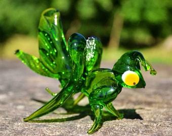 Glass grasshopper figurine animals glass green sculpture art glass grasshopper toy murano animals tiny small animals figure glass gift