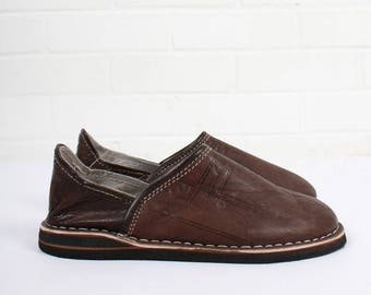 Handmade mens' Moroccan leather slippers - for indoor and outdoor use