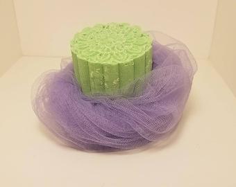 Lemongrass Green Tea 6oz Disc Bath Bomb
