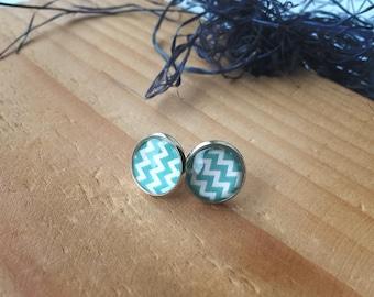 Chevron Earrings, Glass Earrings, Image Earings, Mint Earrings, Chevron jewelry, Chevron pattern Earrings, Free Shipping