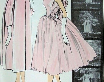 1957 Vintage VOGUE Sewing Pattern COAT & DRESS B34 (1839RRR) By 'Patou' Vogue 1389
