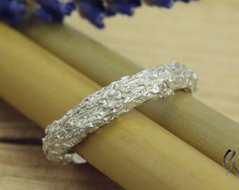 Ring silver, slim, creased