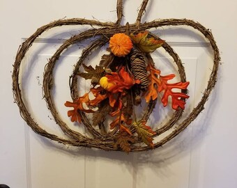 Fall wreath/ autumn wreath/door wreath/front door wreath/housewarming wreath/ housewarming gift/ top selling wreath/ fall door wreath F23