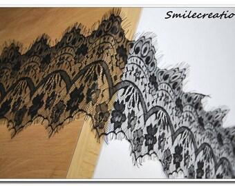 1.5 meters * 15 cm lace CHANTILLY Black Lace fringe REF 1018