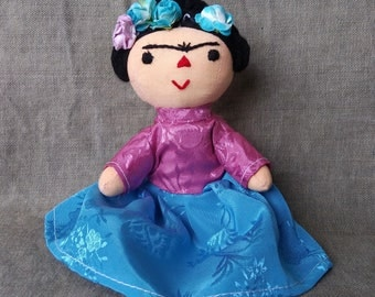 Beautiful Otomi Frida Kahlo cloth doll. Mexican folk art
