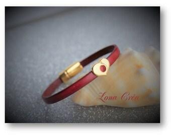Bracelet leather dark red - passing Golden Heart Zamak - gold plated zamak magnetic clasp - elegant