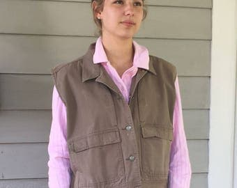 Vintage 80s Minimal Cropped REI Olive Cotton Canvas Outdoor Hunting Vest | XL