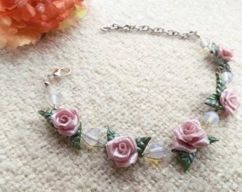 Bracelet with rose roses made of cold porcelain, with opal pearls, flower bracelet, rose roses bracelet, Valentine's day gift