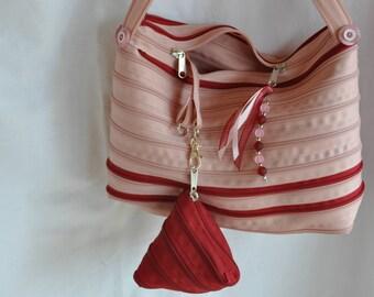 """bag shoulder strap, red and pink zipper brand """"lightning"""""""