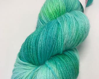 Hand Dyed Yarn Wool 80/20% Superwash Merino/Bamboo 400m 100g Hank Sock Fingering 4Ply Oddball Turquoise Lime Variegated