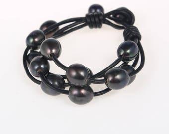 Hand made friendship bracelet - pearl leather woven bracelets - black pearl bracelet - bridesmaid bracelet