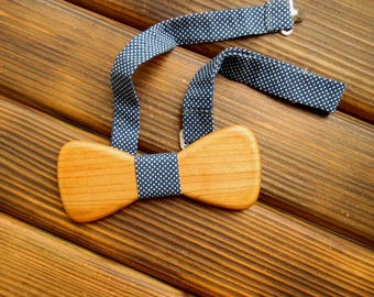 Wood bow tie Holiday bow tie Christmas boyfriend gift Polka dot bow tie Wedding Groomsmen tie Wood anniversary gift Graduation gift for him