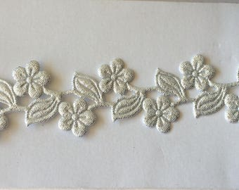 Silver 3,5 cm width Lazer cut flower Ribbon